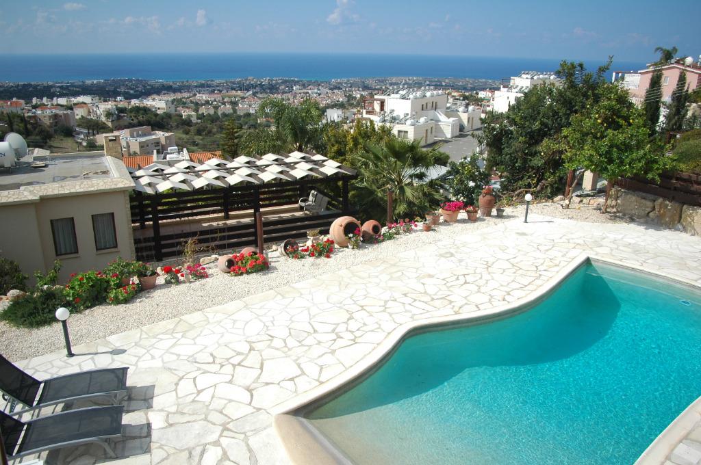 Ferienhaus lemoni in peyia paphos zypern for Ferienhaus zypern